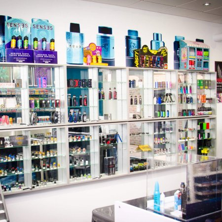 vaping store crawley